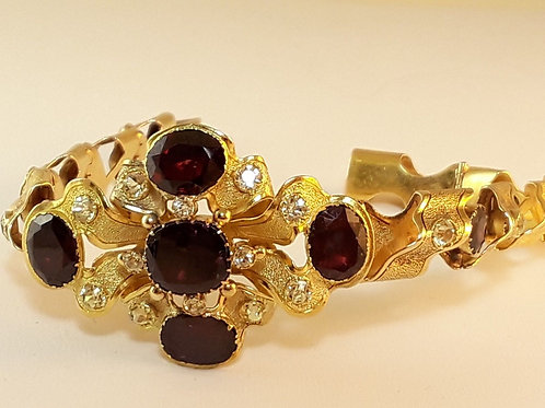 Victorian c.1880 Bracelet 18K Yellow Gold with 12 Garnets and 21 Sapphires