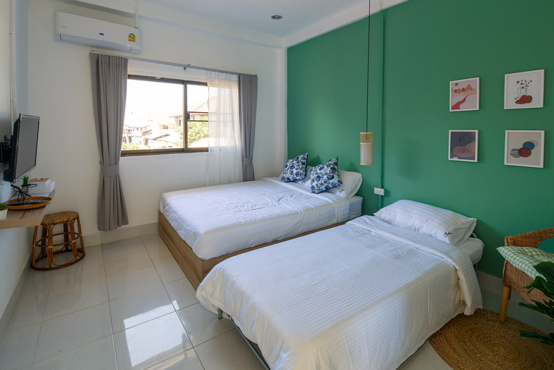 Double Bedroom with Extra Bed