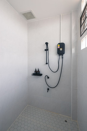Family Suire 2-Bedroom - Shower