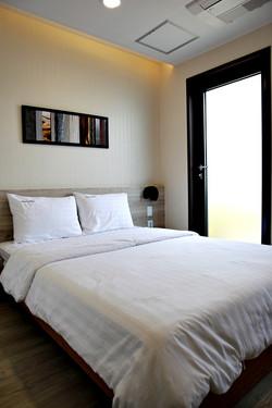 Single B / Double Room