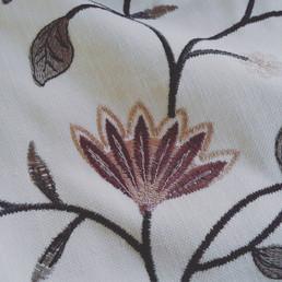 Ткань CASEY из коллекции MELBOURNE ELEGANCIA. Произ-во: Бельгия. В наличии 6,3 метров. Ширина ткани 138 см.