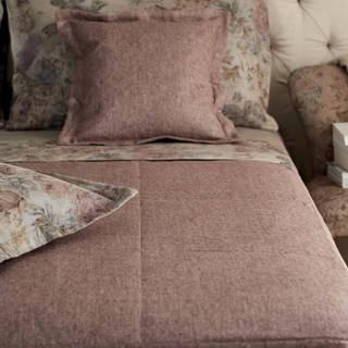 Полотенца, постельное белье, покрывала и пр.текстиль для спален и ванных от Mastro Raphaёl