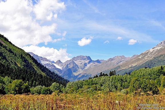 Медведи и Русская поляна – в горах Домбая. Часть 5