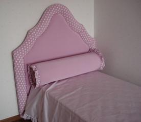 Кровать, покрывало и валик-подушка Halley