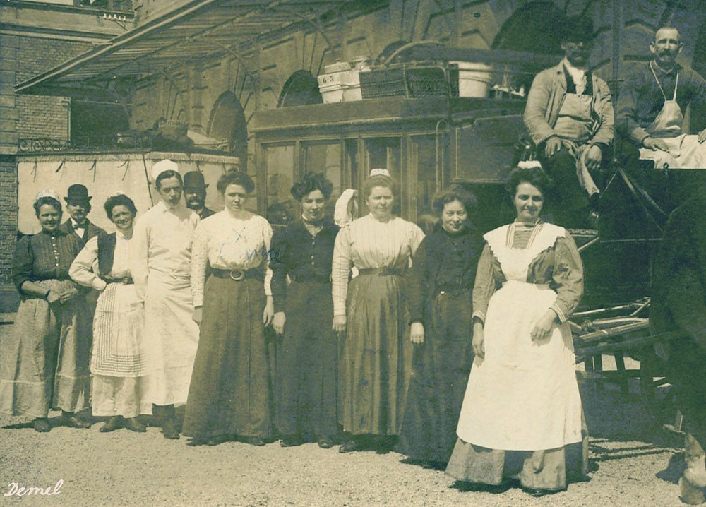 Персонал кафе Demel 200 лет назад