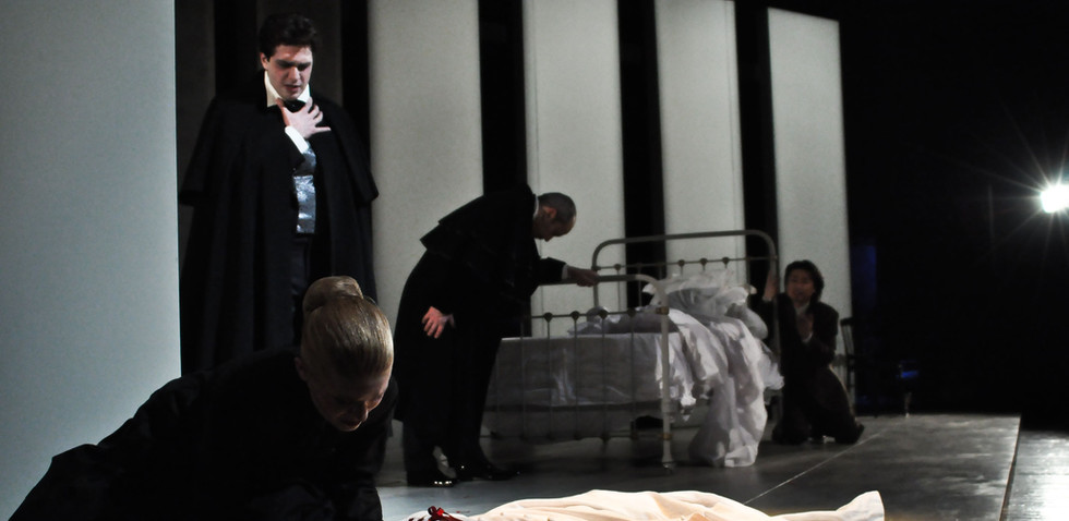 Traviata - Mort - Marie Julliard.jpg