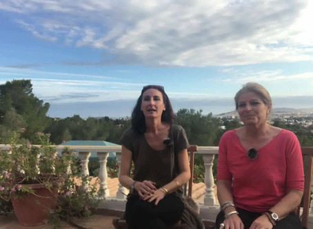 DISCUSSING OUR FIELD TRIPS AROUND THE ISLAND OF IBIZA.