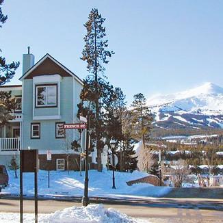 French Ridge Condominiums
