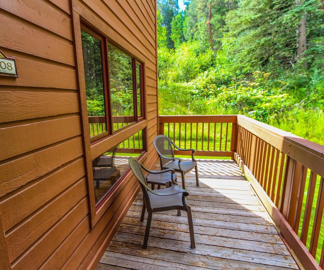Cedar at Streamside
