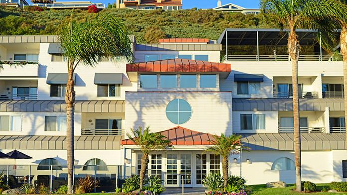 Riviera Beach Resort