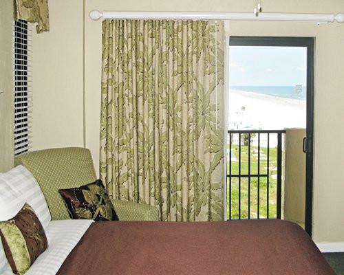 Tropic Shores Resort