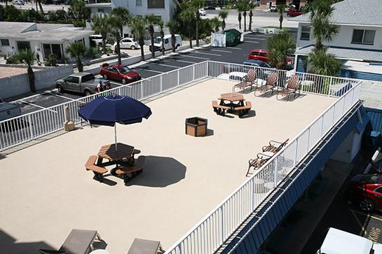 Traders Inn Beach Club