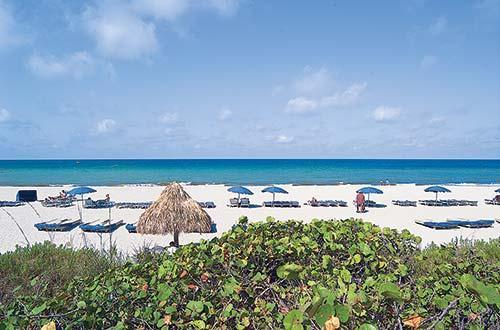 Veranda Beach Club
