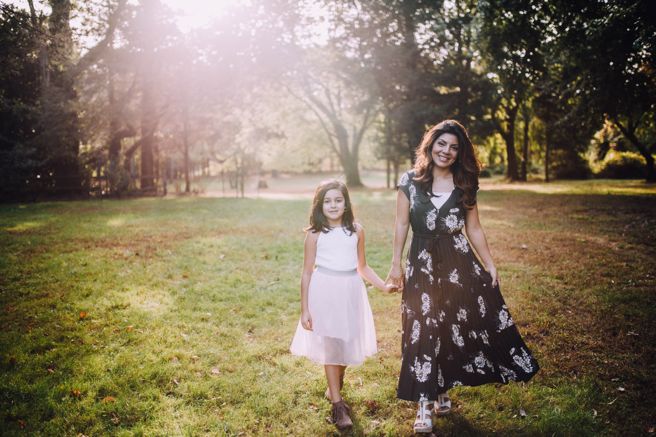 Lifestyle photo of mother and daugther