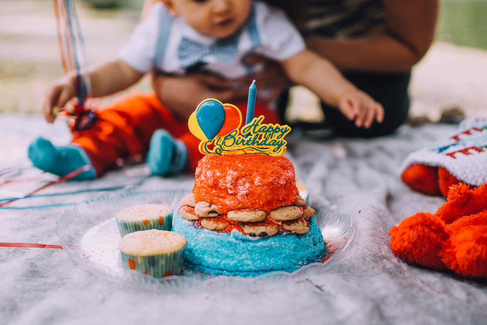 Lifestyle photo of baby's 1st birthday cake