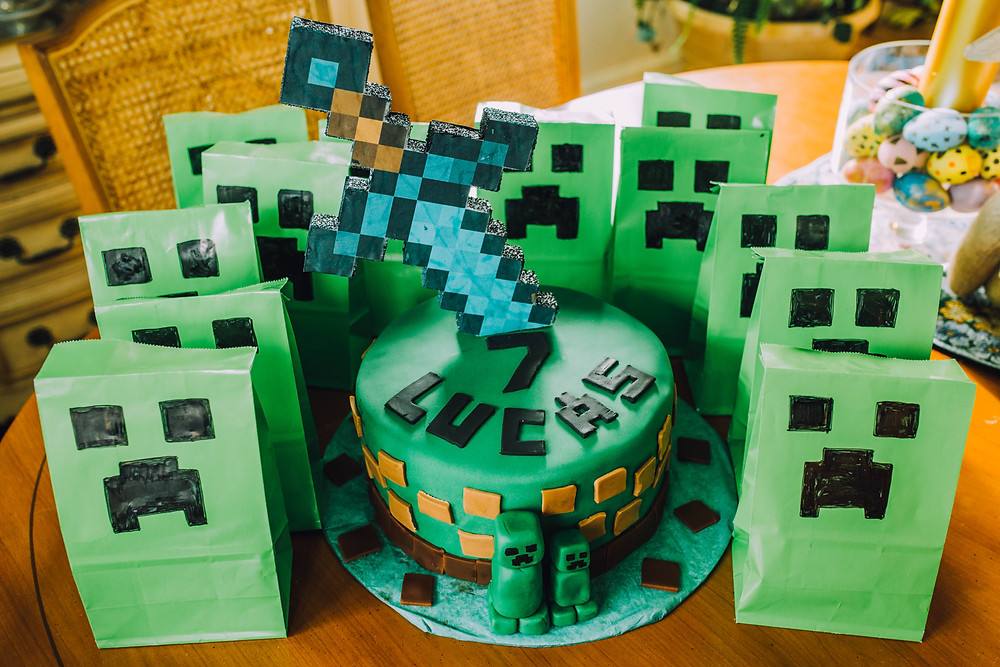 DIY Minecraft Birthday Cake