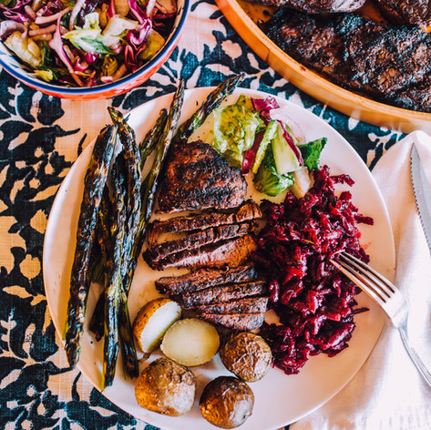 Charcoal grilled filet mignon with vegetables