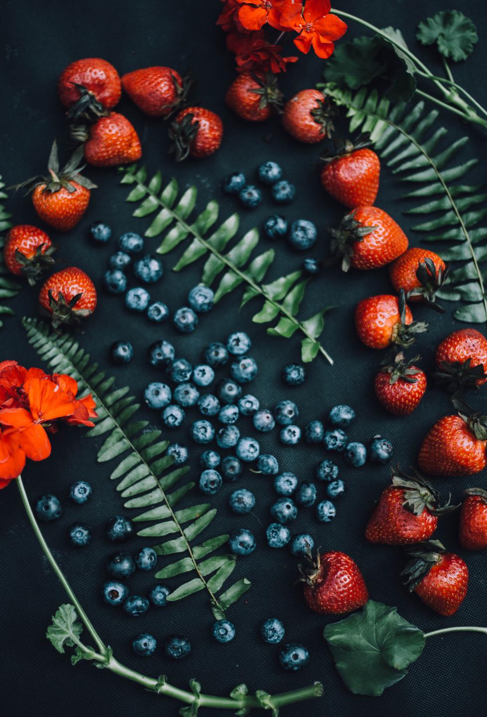 Still life food photo of berries