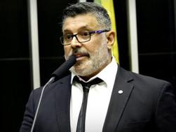 PROJETO DE LEI QUE OBRIGUE TODOS OS ESTADOS A CRIAR PRESÍDIOS ESPECÍFICOS PARA COMUNIDADE LGBT