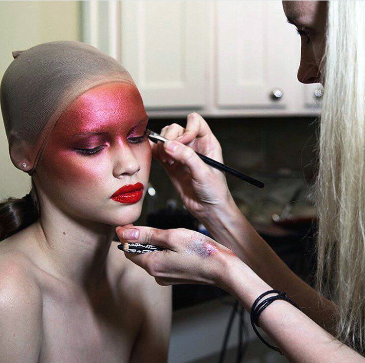 Temptu airbrush makeup Behind the  scenes
