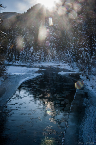 icy-river-1-of-1