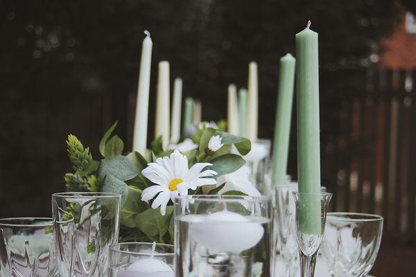 "<img src=""278-table-centrepieces.jpg"" alt=""wedding table centrepieces"">"