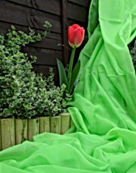 144-green-drapery-table-runner-wedding-d
