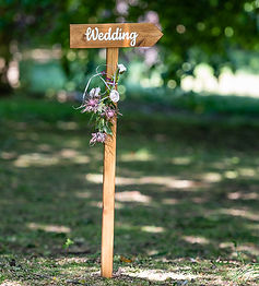 036-wooden-wedding-direction-sign-dream-