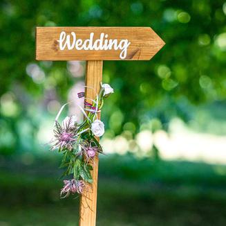 Wedding Direction Arrow Sign