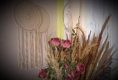 Pink theme decor in your wedding shops