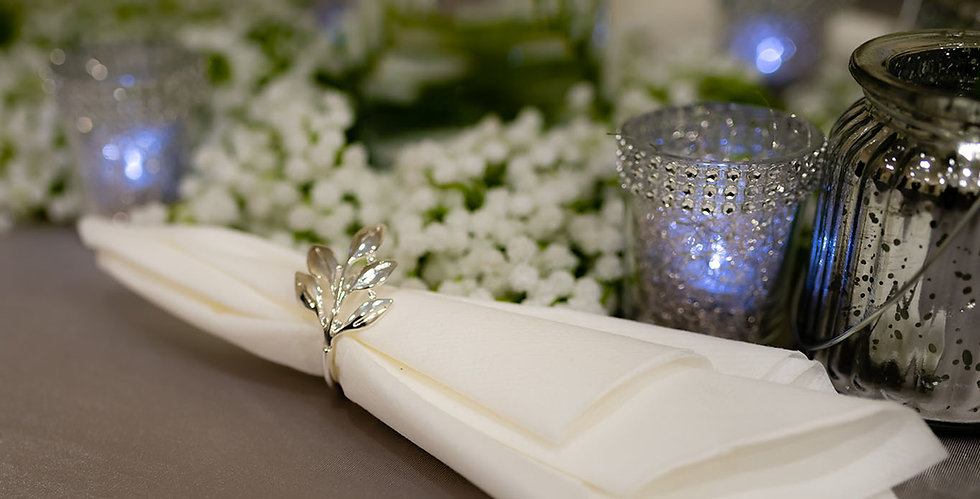 "<img src=""013-wedding-venue-dressing-in-wakefield "" alt=""wedding flowers"">"
