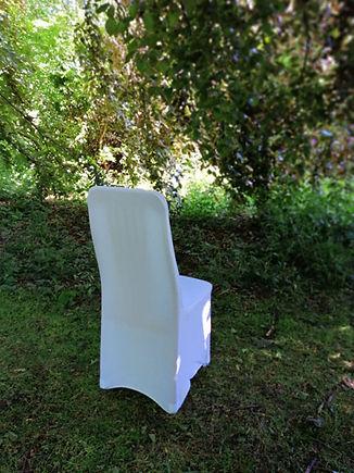 "<img src=""067-white-chair-cover.jpg"" alt=""chair cover hire"">"