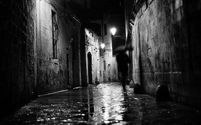 Don't let Customers wander down dark alleys. Why you need quick wins.