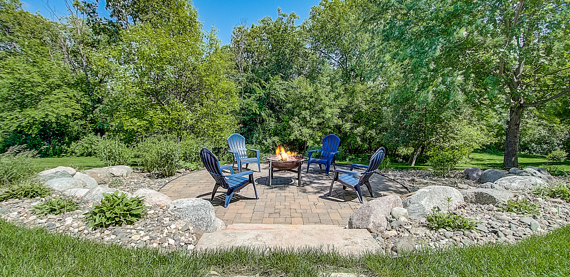 Fire Pit/Patio