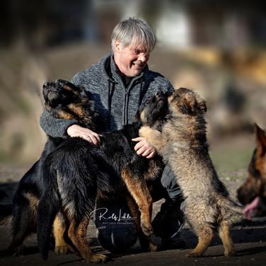 Hundeschule Mantrailing Hundeerziehung Hundefotografie
