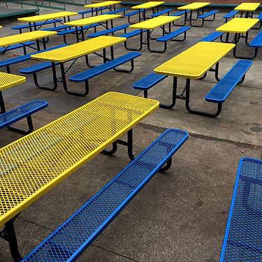 empty-tables-s.jpg
