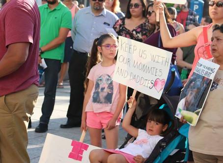 Dia de Acción: Apoya a las familias inmigrantes y mantengamos las familias unidas.