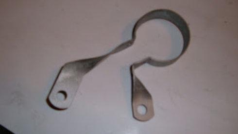 63 to 66 fuel filter bracket