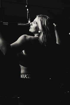 Suzette Gym Shoot-22.jpg