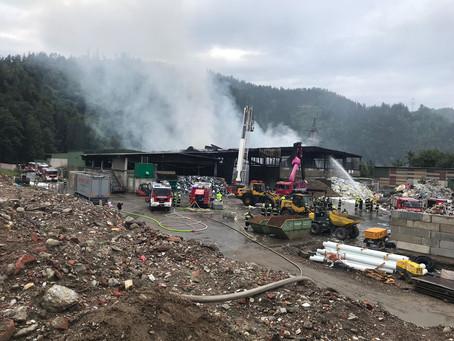 Industriebrand in St. Michael