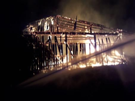 Wirtschaftsgebäudebrand in Oberaich