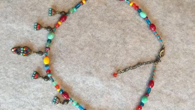 Vintage necklace,multi color beads