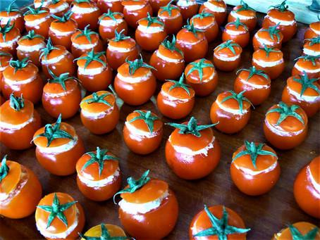 Déclinaison de tomates farcies au chèvre
