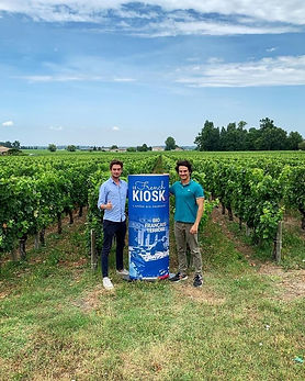 Le French Kiosk au milieu des vignes !