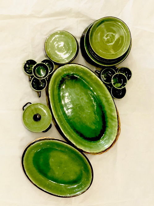 Green provençale earthenware dishes