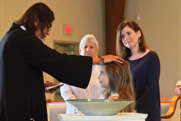 keatyn%20baptism%203%20(2)_edited.jpg