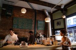 Cafe_tarantin_pendant_lights3