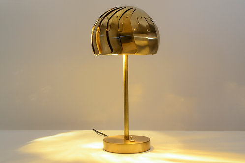 IRIS TABLE LAMP (Brass) : Modern Lamp | Led Lamp