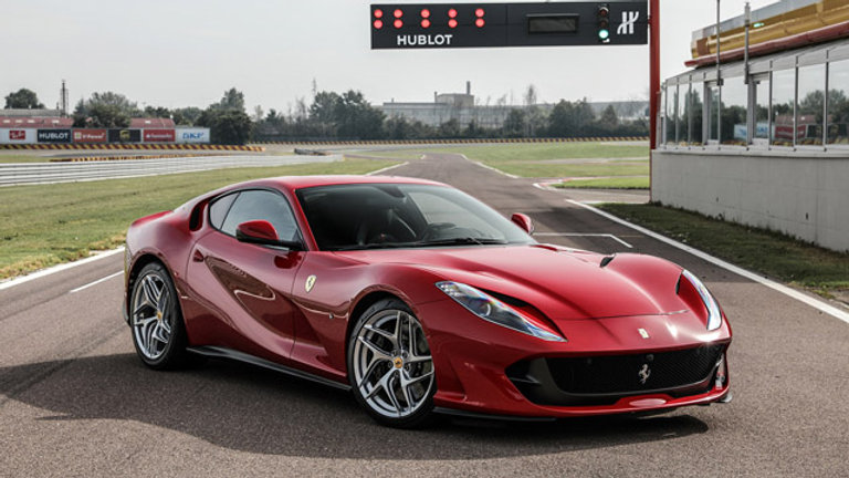 Ferrari 812 Superfast 6.5 V12 – 800hp