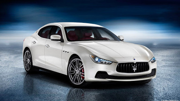 Maserati Ghibli S 3.0 V6 Bi-Turbo 410Hp